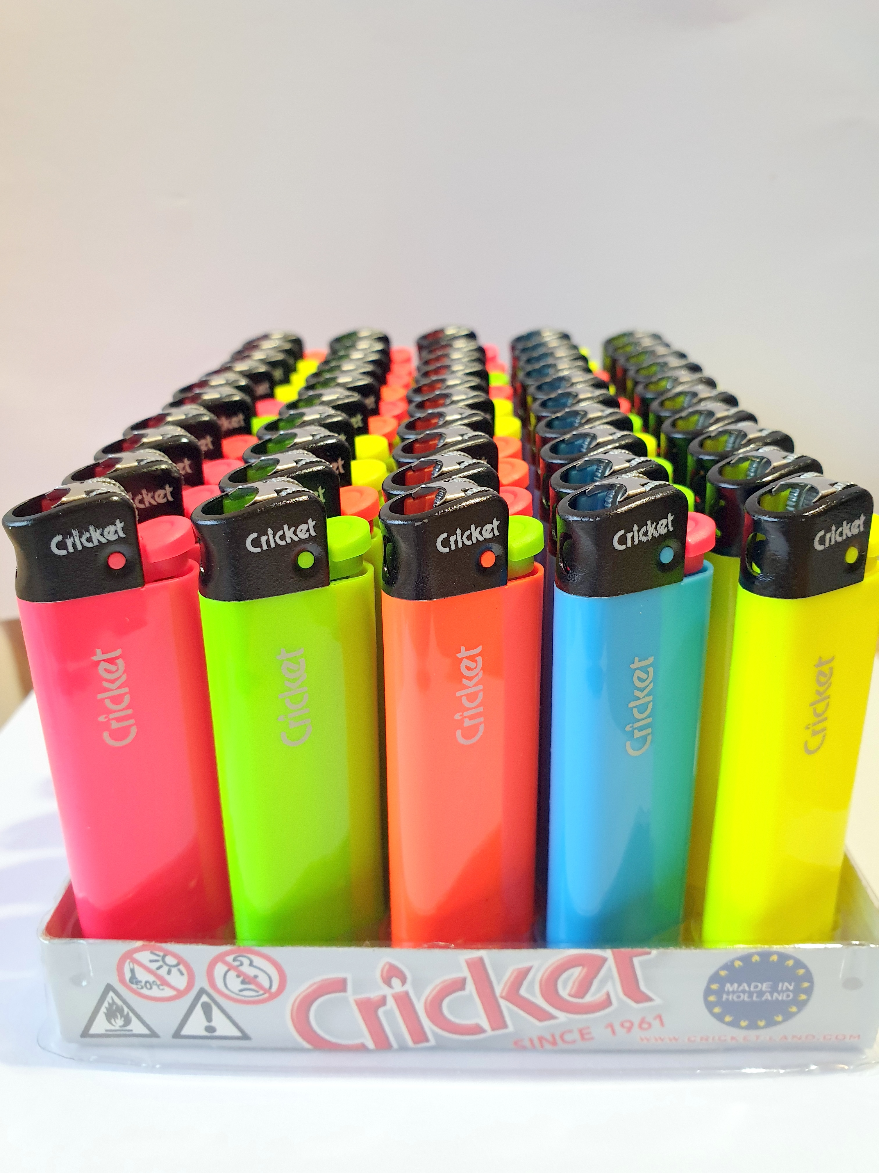 Cricket Original Simplicity Fluo 50 1ks